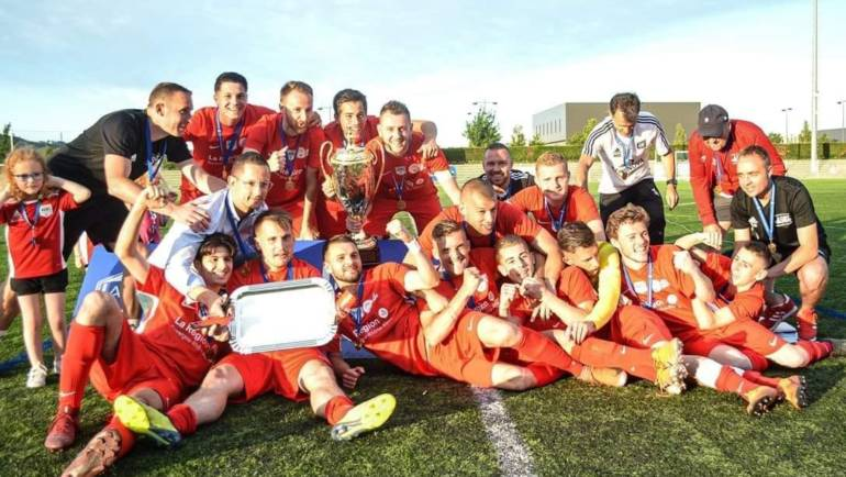 Seniors A – Champions Coupe LAuRA